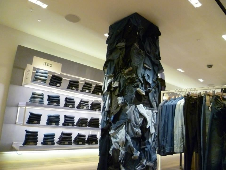 selfridges-denim-studio-denim-displays