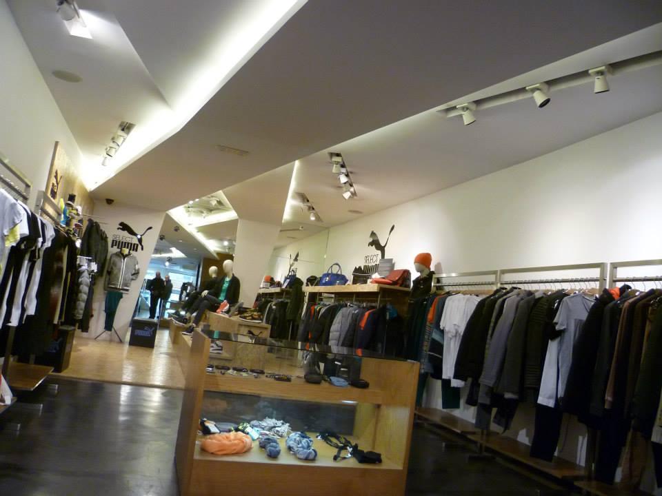 Interior design men's clothing store DANIEL RIZOTTO in the mall
