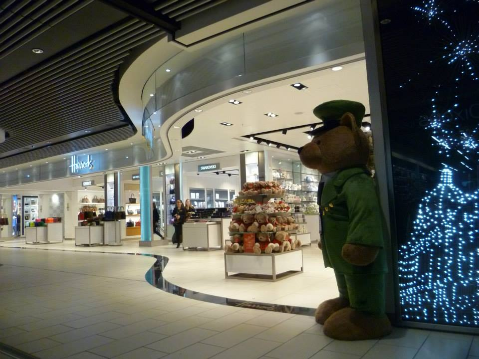 harrods-knightsbridge-airbridge-gatwick-entrance